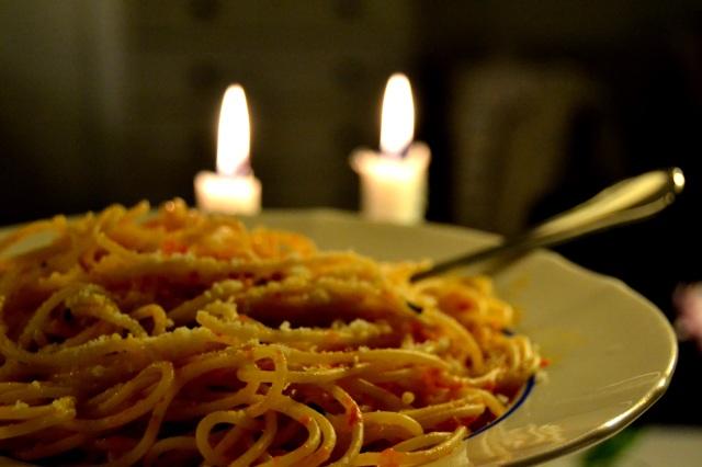 Spaghetti med tomatsås och parmesan