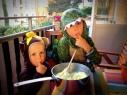Apan Otto och Draken Bruno smakar på Artusis potatismos