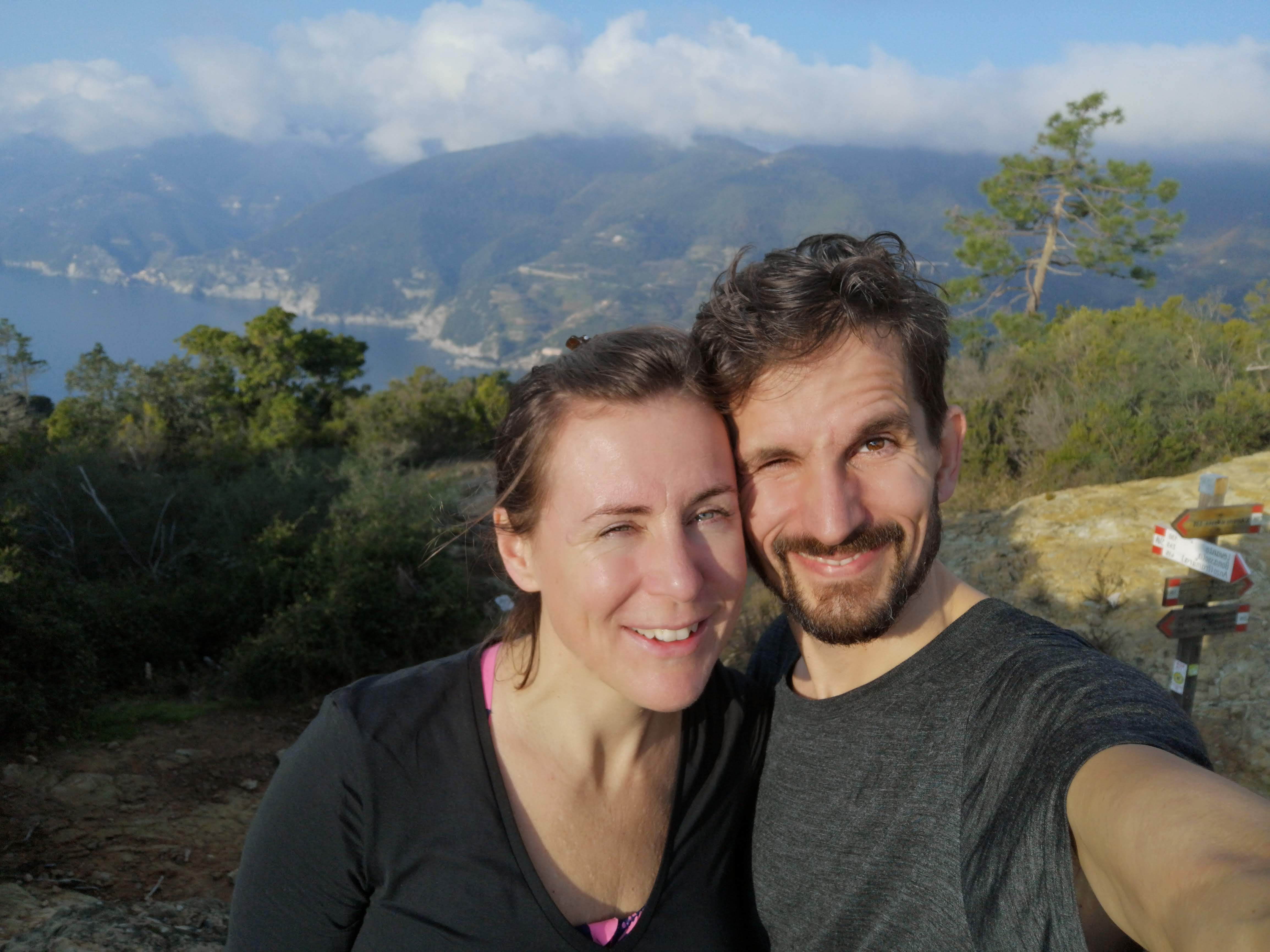 Hanna och Calle Godani på vandring i Cinque terre
